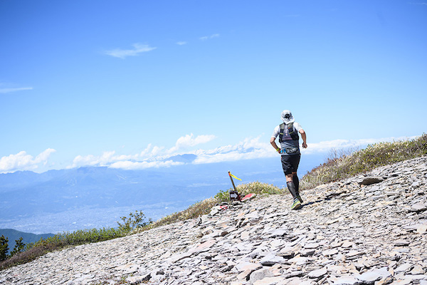 runner on Skyline Sugadaira trail