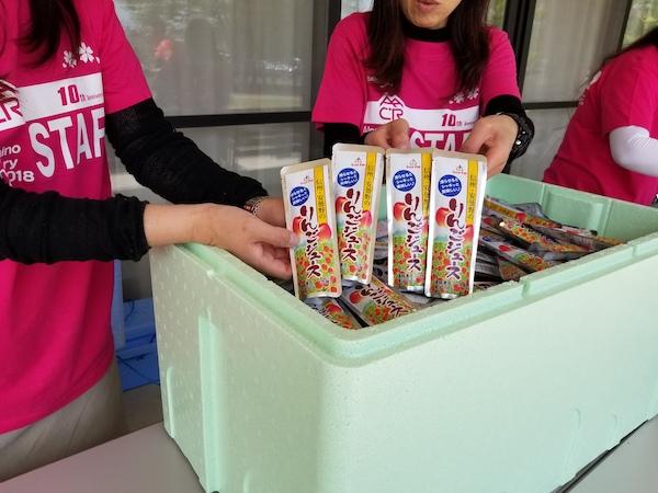 Apple juice in Nagano