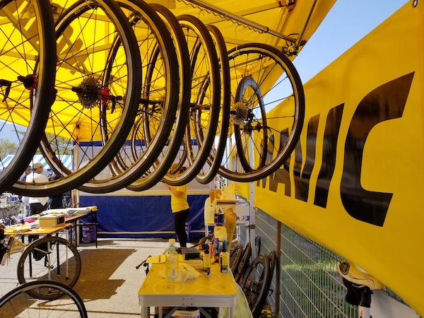 Mavic bike mechanic tent in Japan