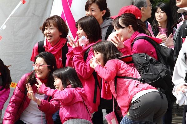 Runners posing at Pink Ribbon Walk