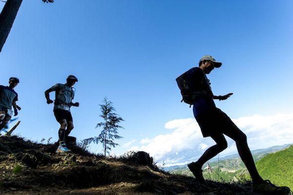 runners during Ome Takamizusan Trail Run