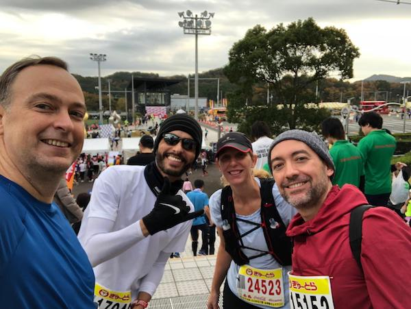Brazilian runners at race in Japan