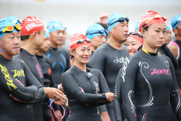 participants at start of Kujukuri Triathlon