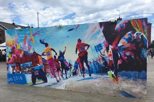 Street art at Yokohama marathon expo