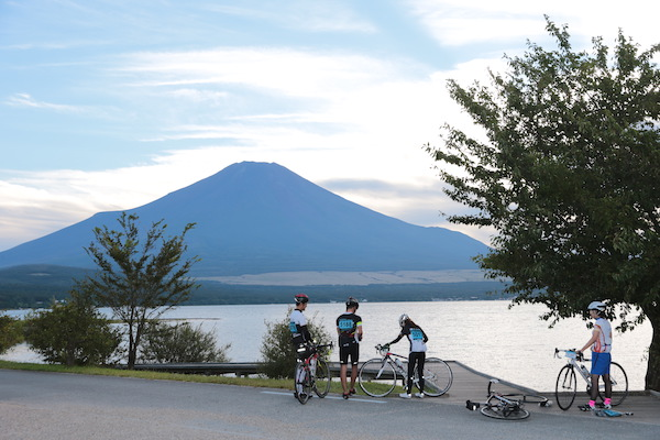 cyclist resting during Mt. Fuji 360