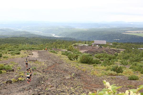 runner during Tokachidake trail race