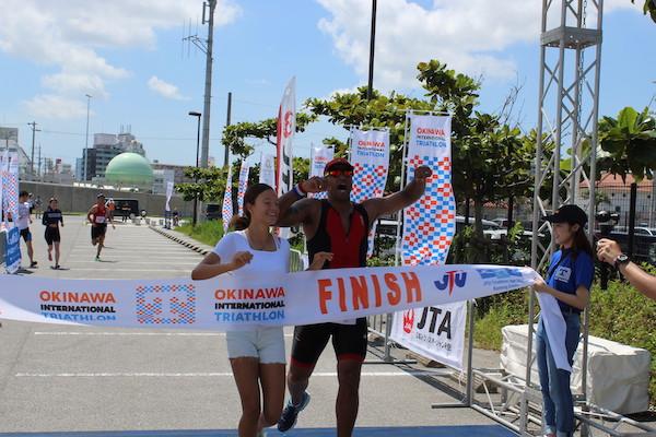 runners finishing Okinawa International Triathlon