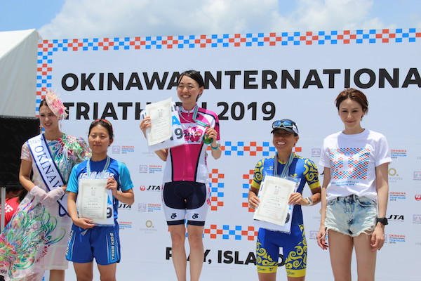 winners on podium at Okinawa International Triathlon