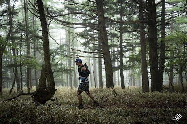 runner during Three Peaks Yatsugatake race