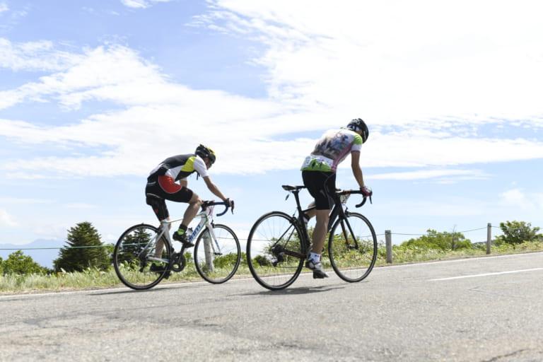 Cyclists climbing Nagano's mountains at the Tour de Utsukushigahara