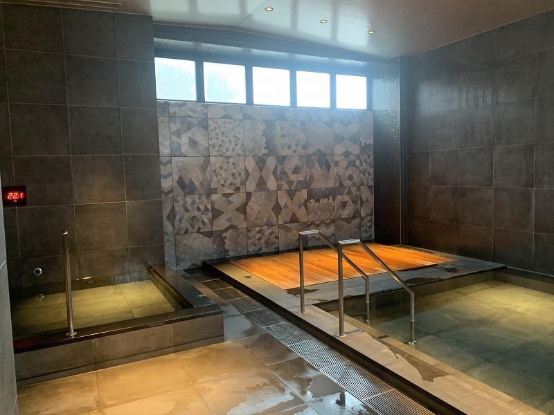 Mascos hotel onsen