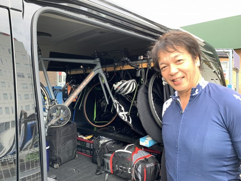 Rental bikes and sag wagon in Japan