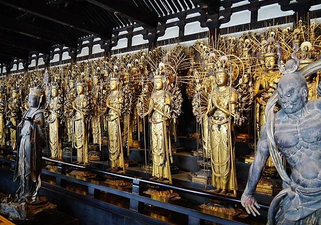Sanjusangendo buddha statues in Kyoto
