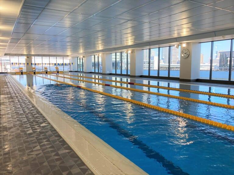 ASICS Pool 3